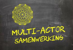 Krijtbordje 'multi-actor samenwerking'